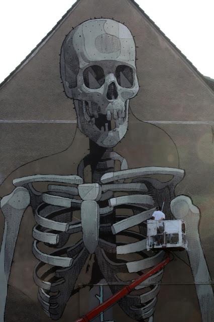 Skeleton Close Up Street Art By aryz in germany