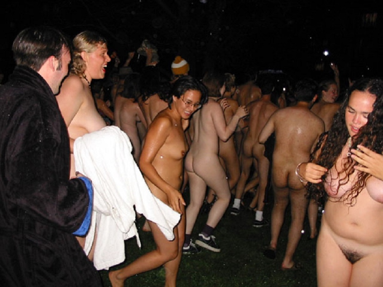 Naked run photos harvard nude
