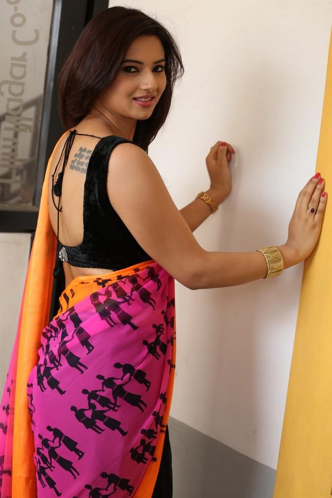 Actress IshaChawla Latest Images In saree