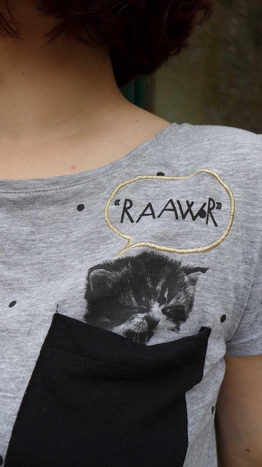 t-shirt gris pois petit chat marque cache-cache