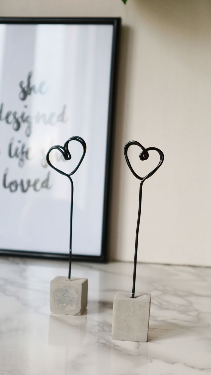 DIY Wire Photo Holders