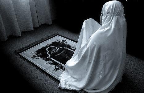 Kumpulan Doa Selesai Sholat Tahajud yang Diajarkan Rasulullah