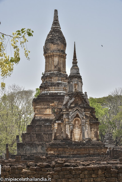 Wat Chedi Chat Thaeo
