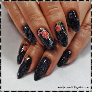 http://snaily-nails.blogspot.com/2017/03/roze-na-marmurze.html