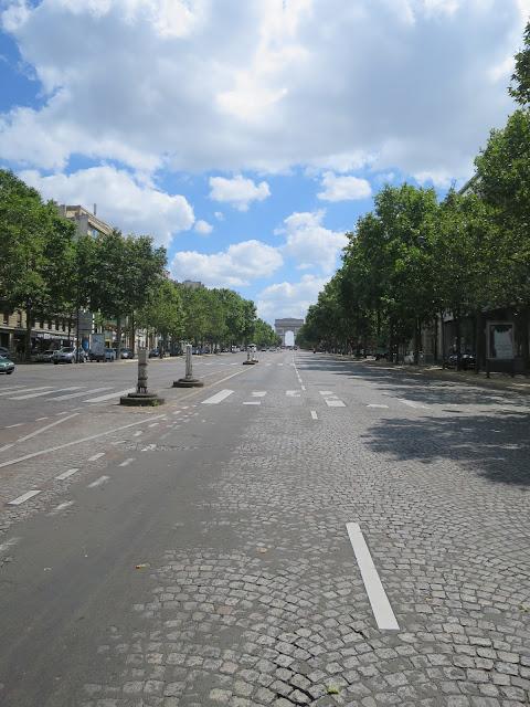 avenue-de-la-grande-armée-14juillet-imageJPEG