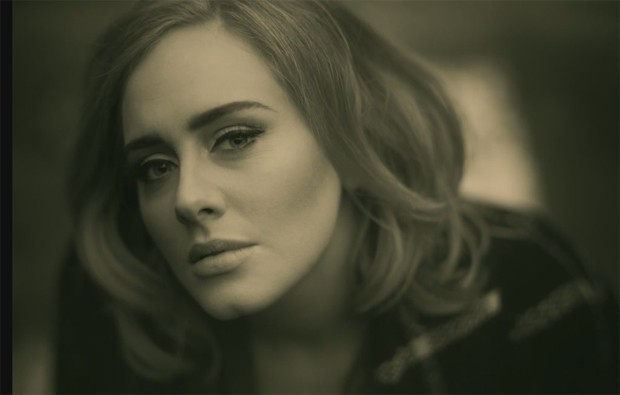 Adele supera trailer de Star Wars no YouTube.