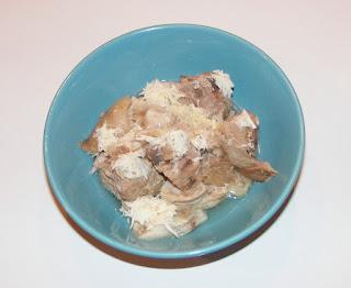 retete de mancare, mancaruri cu carne, retete cu porc, retete culinare, mancare romaneasca, rasol de porc cu sos de hrean,