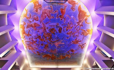 Sternenhimmel im Foyer vom Planetarium in Hamburg