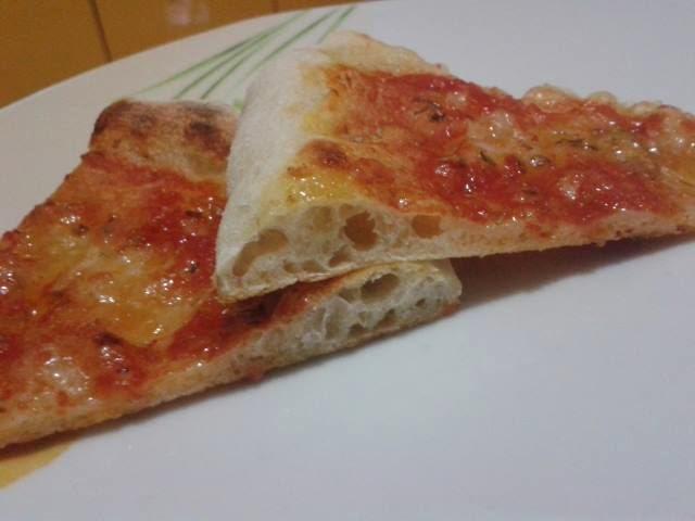 Ricetta Pizza Con Lievito Di Birra.Pizza Napoletana A Lunga Lievitazione Con Lievito Di Birra Anna Creazioni In Cucina