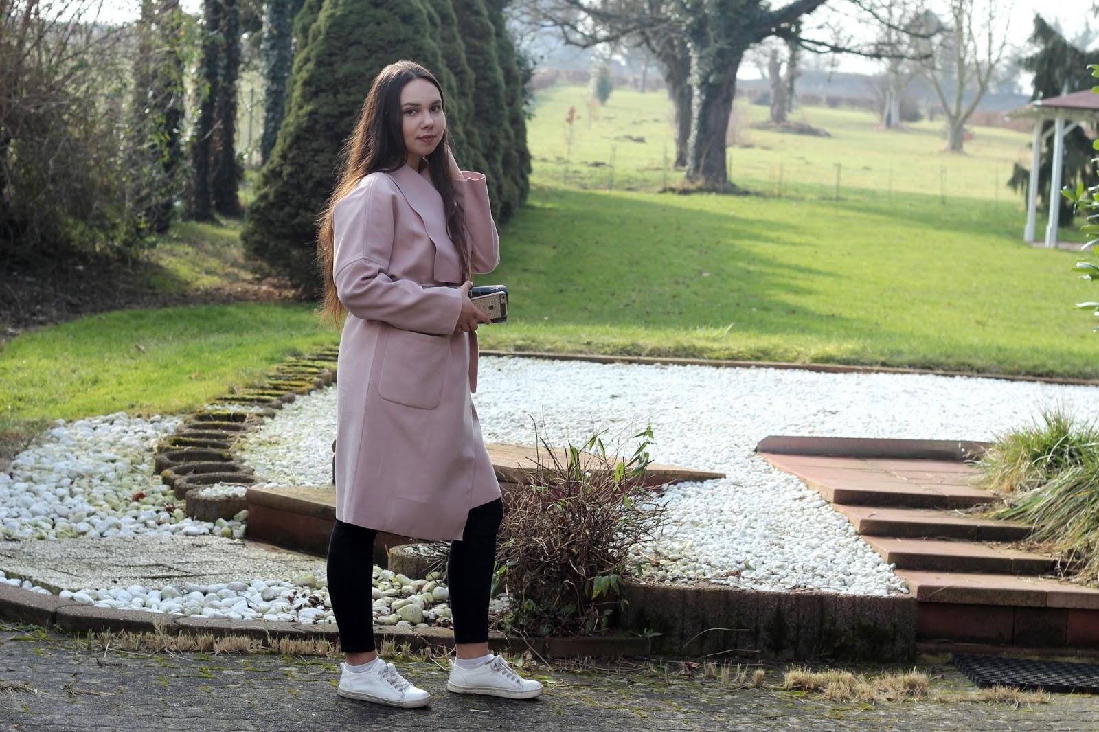 как носить розовый весеннее пальто