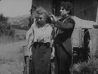 """Кадр из фильма Чарли Чаплина """"Скиталец"""" (1916) - 6"""