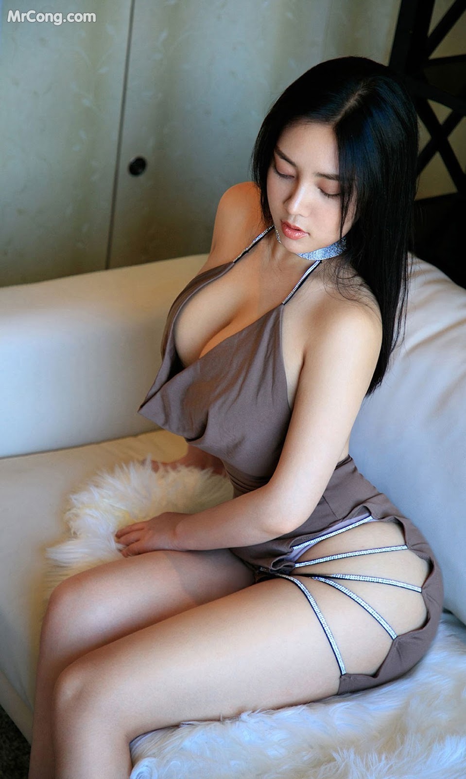 UGIRLS - Ai You Wu App No.1566: Anna 苏拉 (34 pictures)