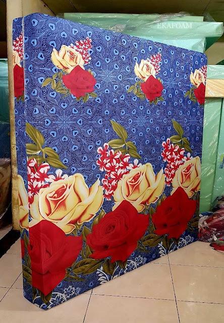Kasur inoac motif batik rose biru