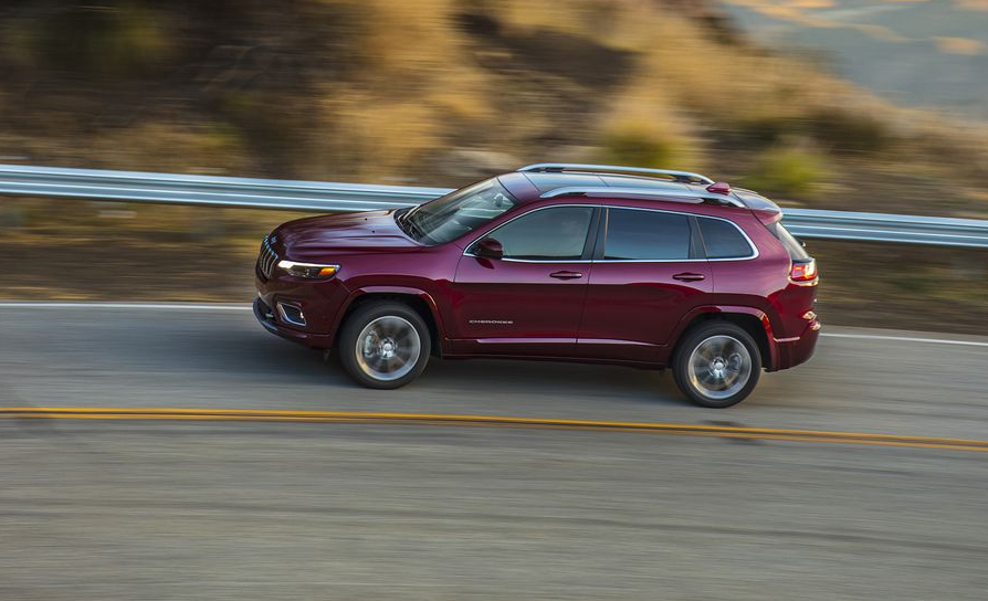 Controversy Quickly Surrounded The Jeep Cherokee When It Replaced The  Wheezy Old Liberty For 2014. Jeep Ophiles Bemoaned The Base Cherokeeu0027s ...