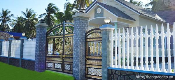 mẫu hàng rào bê tông cho nhà 2 tầng