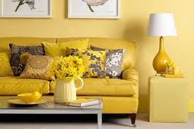 Decorar con amarillo