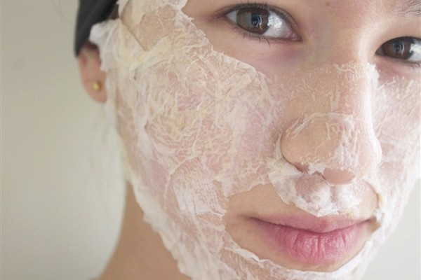6 Cara Membuat Masker Putih Telur Untuk Kulit Dan Rambut