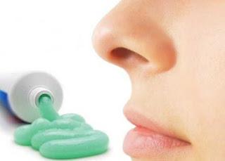 3 وصفات لجمالك باستخدام معجون الأسنان