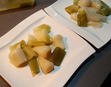 Puerros cocidos para ensalada