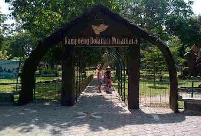Kampoeng Dolanan Nusantara Borobudur