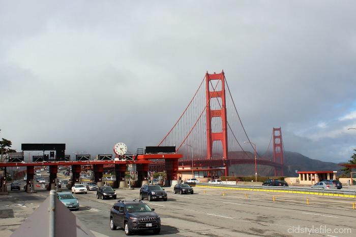 budget travel, san francisco, megabus, traveling, golden gate bridge, city bus tour, travel tips,