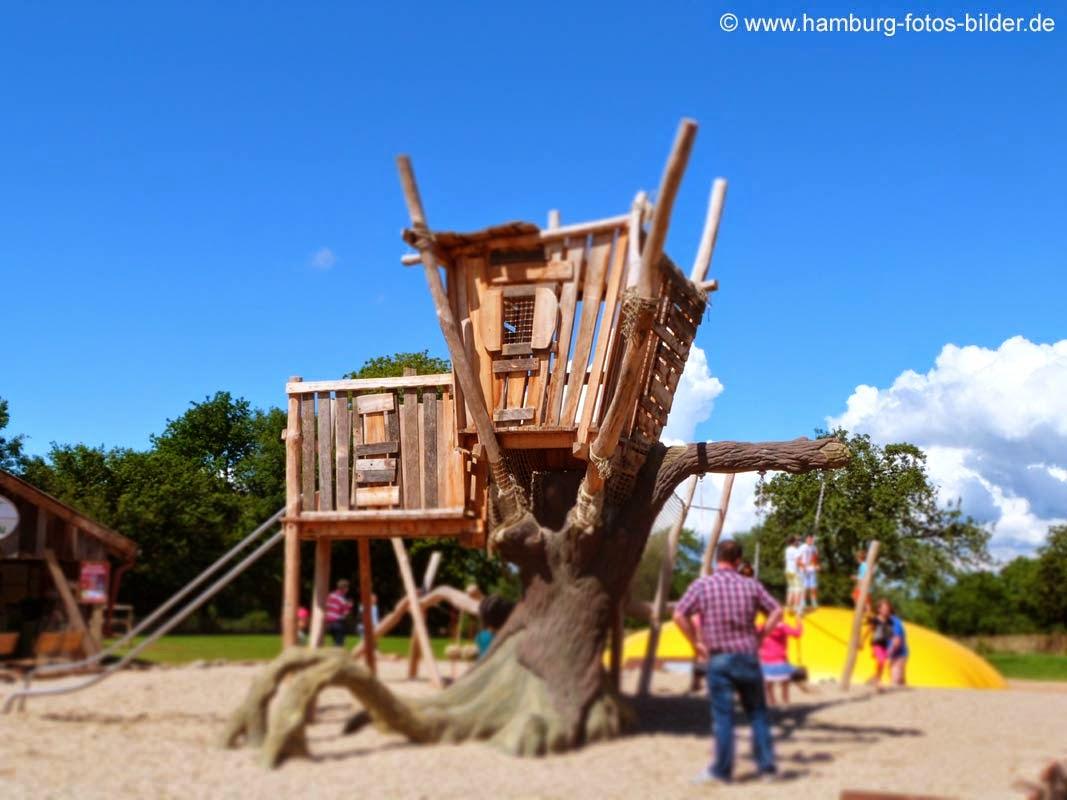 Baumhaus, Spielplatz