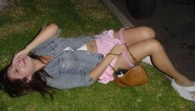 Mulher muito bêbada