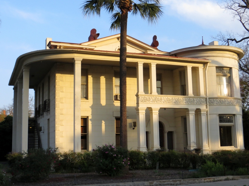 Travel Bug Missions And King William Historic District