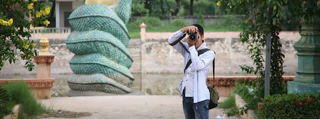 Hình ảnh khách thuê máy ảnh bởi dịch vụ cho thuê máy ảnh chúng tôi đang cung cấp.