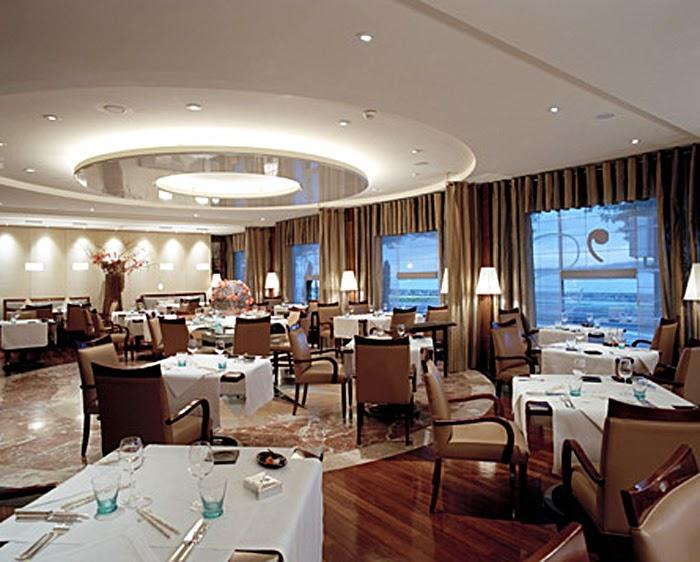 amazing buzz 4u royal penthouse suite president wilson hotel geneva. Black Bedroom Furniture Sets. Home Design Ideas