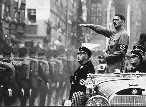 Nazi dan Adolf Hitler Jerman