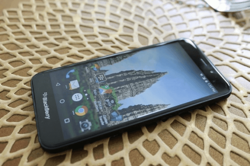 BlackBerry has announced a novel handset dubbed equally the Aurora BlackBerry Aurora Announced In Indonesia!