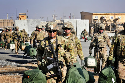 c7db9d657623 FROM  U.S. DEPARTMENT OF DEFENSE 12 26 2013 U.S. Soldiers Prepare To Leave  Afghanistan