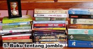 Hadiah Buku tentang jomblo untuk Temanmu Yang Jomblo