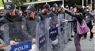 Η Τουρκία αποκάλεσε τον Ύπατο Αρμοστή του ΟΗΕ «Συνεργάτη Τρομοκρατών»…