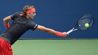 Alexander Zverev breezes at US Open