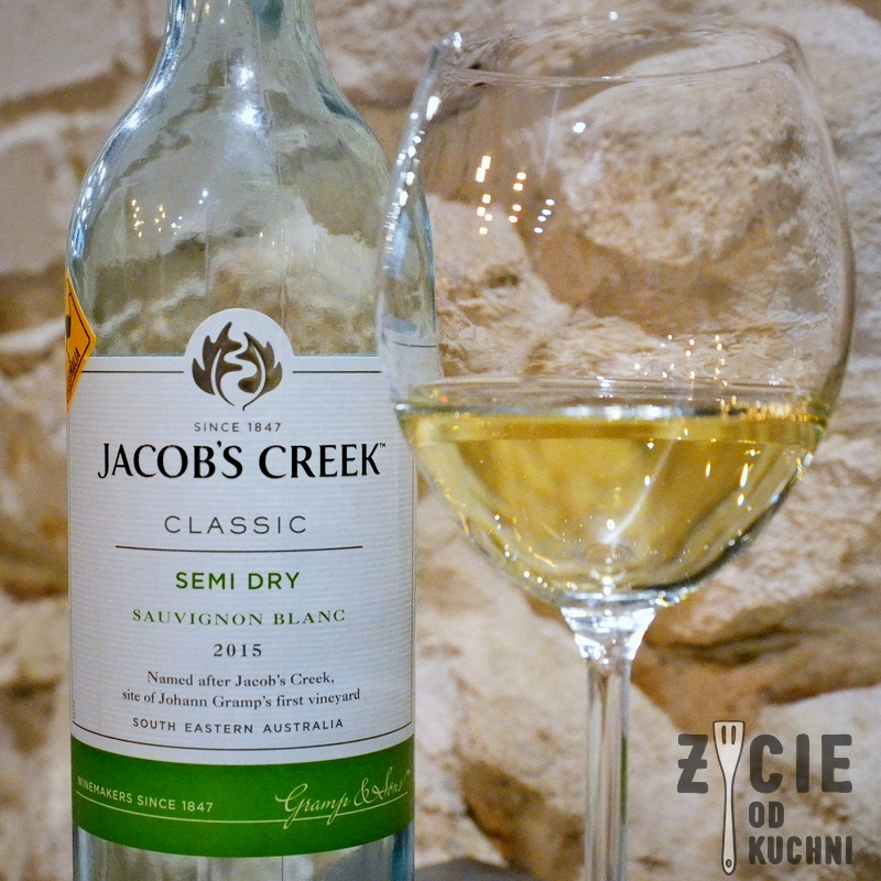 Jacob's Creek Classic Sauvignon Blanc Semi Dry, Jacob's Creek Classic Sauvignon Blanc Semi Dry 2015