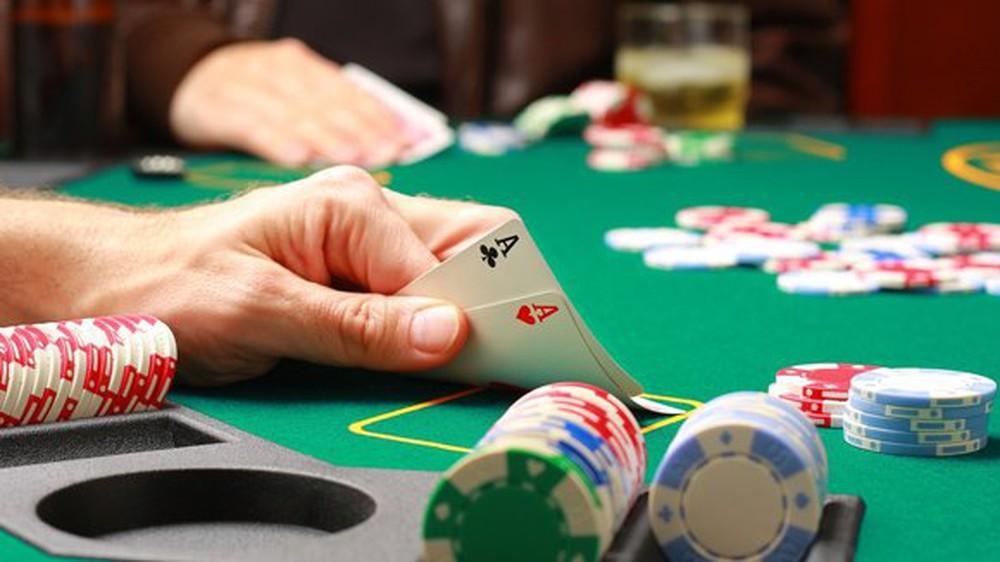 Bài bổ trợ Poker