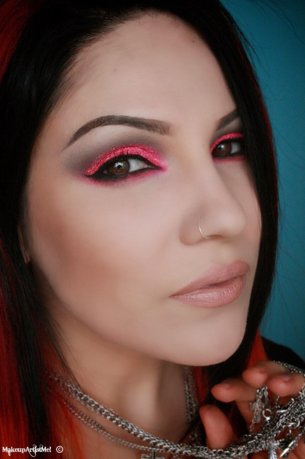 Pink Makeup Brushes: Make-up Artist Me!: Hot For Pink! Makeup Tutorial