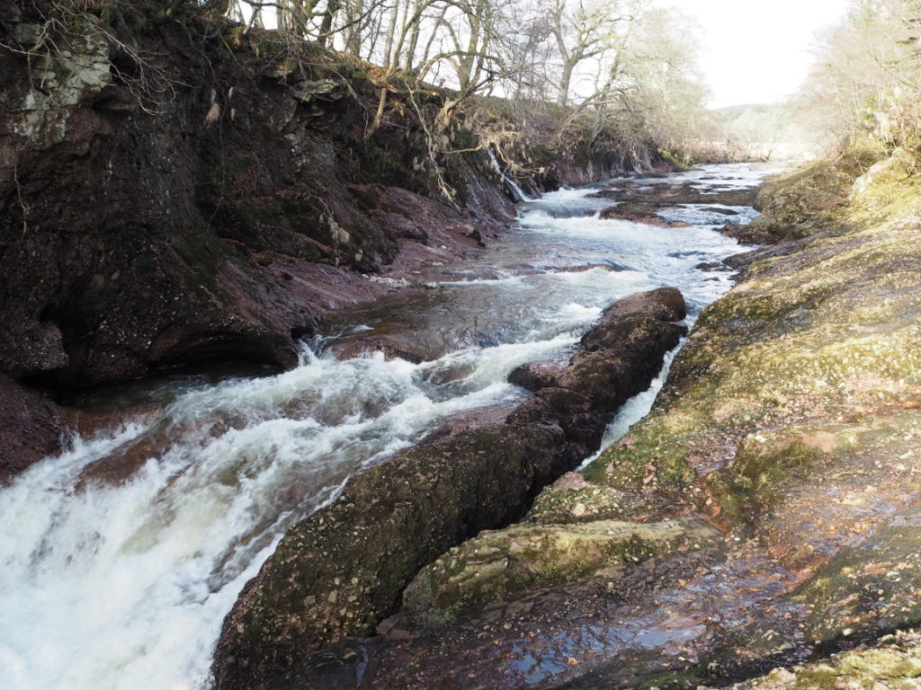 blue door trail scotland esk river