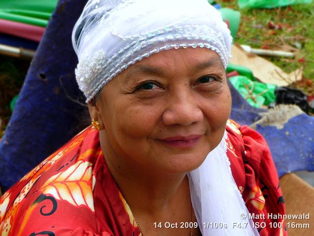 Kadazan woman, people, street portrait, East Malaysia, Borneo, Sabah, Kudat central market