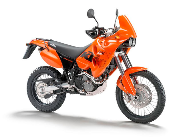 The Turtle and the Chicken Go Riding   : KTM 690 Enduro vs