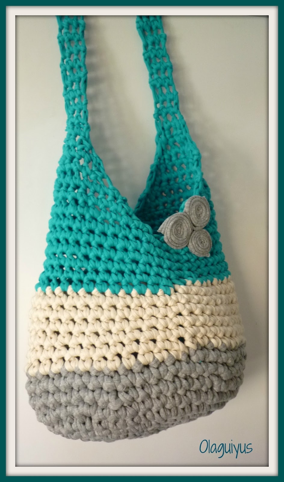 Patrones con trapillo 3 bolso saco dulcesamigus for Bolsos de crochet de trapillo