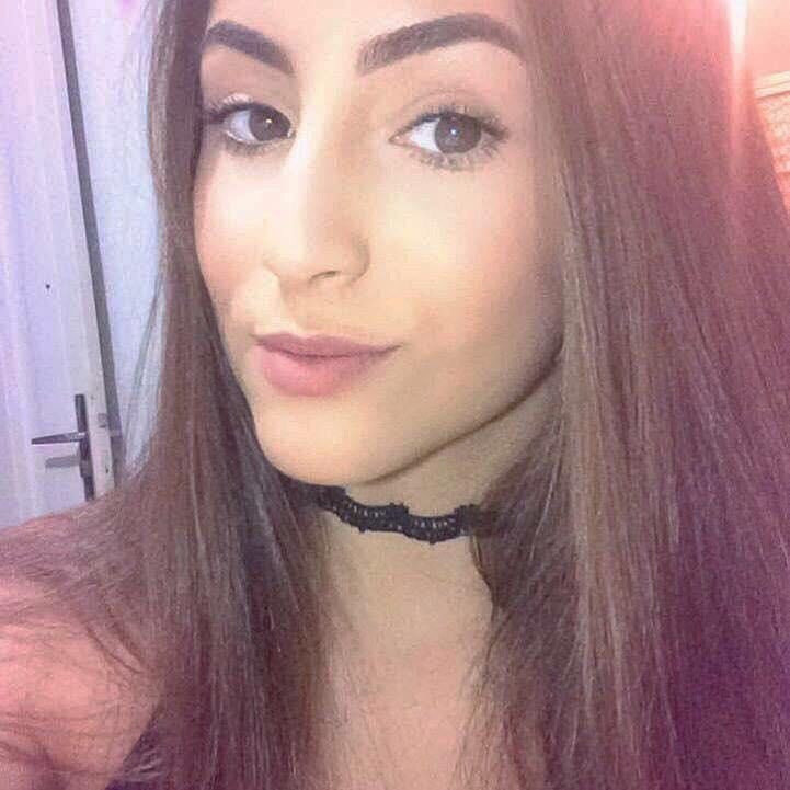 9ccca78af Bruna Gonçalves tem 19 anos e a paixão por maquiagem começou em 2015