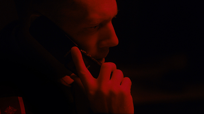 Cinema | Culpa: suspense dinamarquês indicado ao Oscar traz apenas um homem e um telefone – e promete tensão ininterrupta