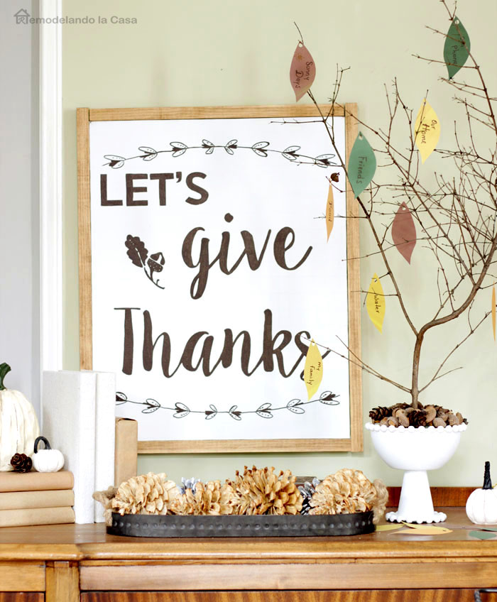 Thanksgiving vignettes - Fall decor with Thankful tree