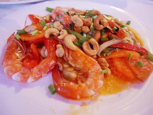 fried prawn with cashew nuts