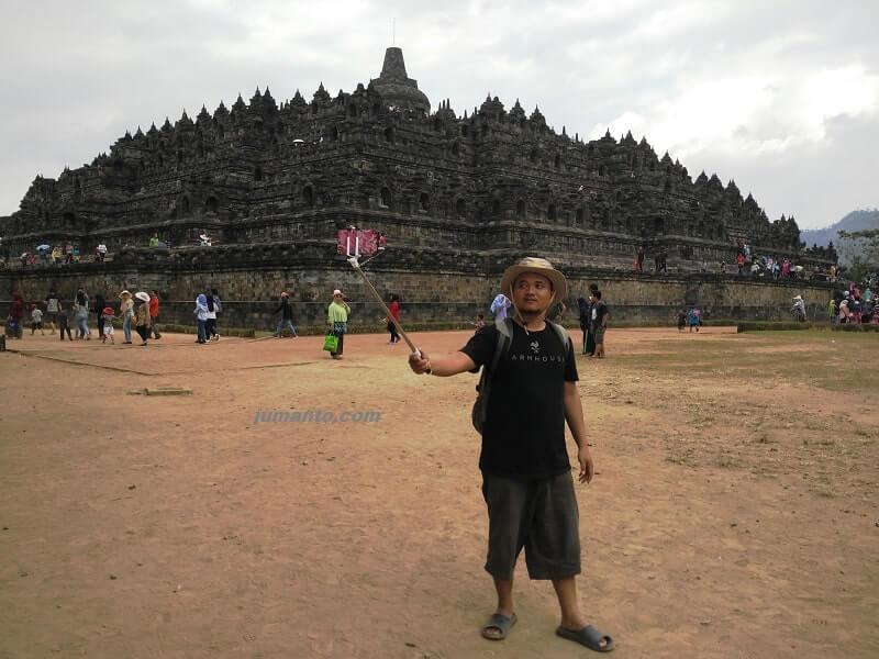 Candi Borobudur Terletak Di Provinsi Jawa Tengah, Bukan Yogyakarta Atau Jogja