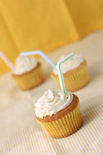 Vanilla Root Beer Float Cupcakes Hummingbird High A