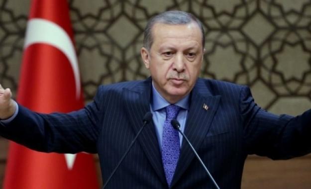 Βήμα – βήμα τορπιλίζει ο Ερντογάν τη Συμφωνία Ε.Ε. – Τουρκίας